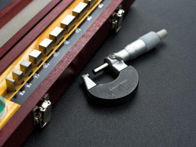 Gauge block set for calibration micrometer